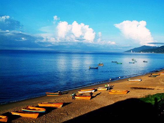 海南-三亚分界洲岛-南湾猴岛-南山佛教文化苑双飞6日游